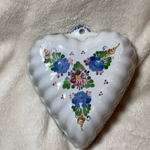 None Accents - Heart shape floral ceramic wall decor dish bowl